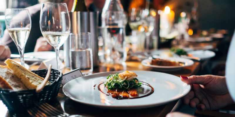 ¿Cómo recuperar el IVA de los restaurantes?